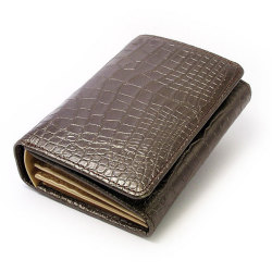 COCCO(コッコ) 二つ折り財布(小銭入れあり) 「ル・プレリー」 NP25110 チョコ 正面