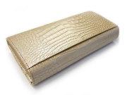 COCCO(コッコ) 長財布(小銭入れあり) 「ル・プレリー」 NP25911 シャンパンゴールド 裏面